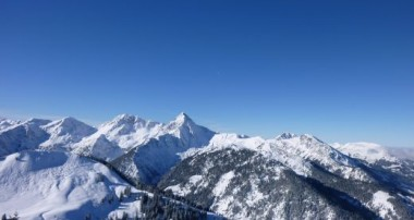 Aussichtsreicher Winterpfad – Winterwanderweg rund um das Neunerköpfle