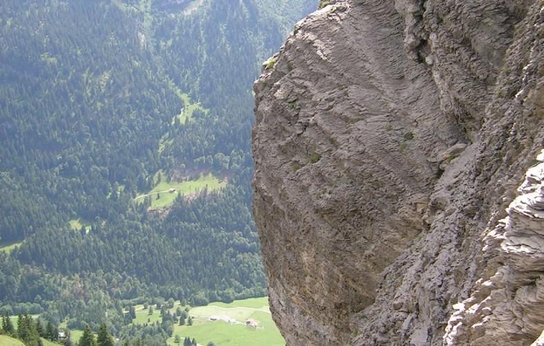 Weg mit Aussicht – Gratwanderung vom Klingenstock zum Fronalpstock