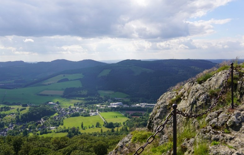 Wandern im Sauerland – Unsere Wanderführerempfehlungen für die schönsten Wanderungen in der Region