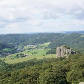 """Wandertipp: Olsberg – Bruchhausener Steine – Die """"Klettertour"""" im Sauerland"""