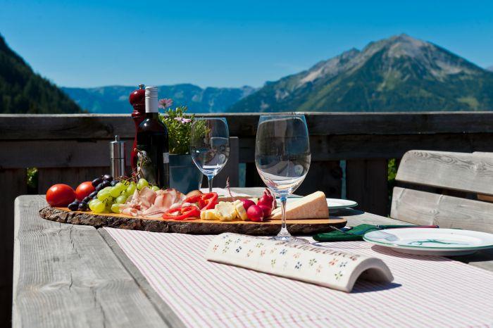 Blick zur Seekarspitze - Reiter's Posthotel Achenkirch/ Tirol/ A