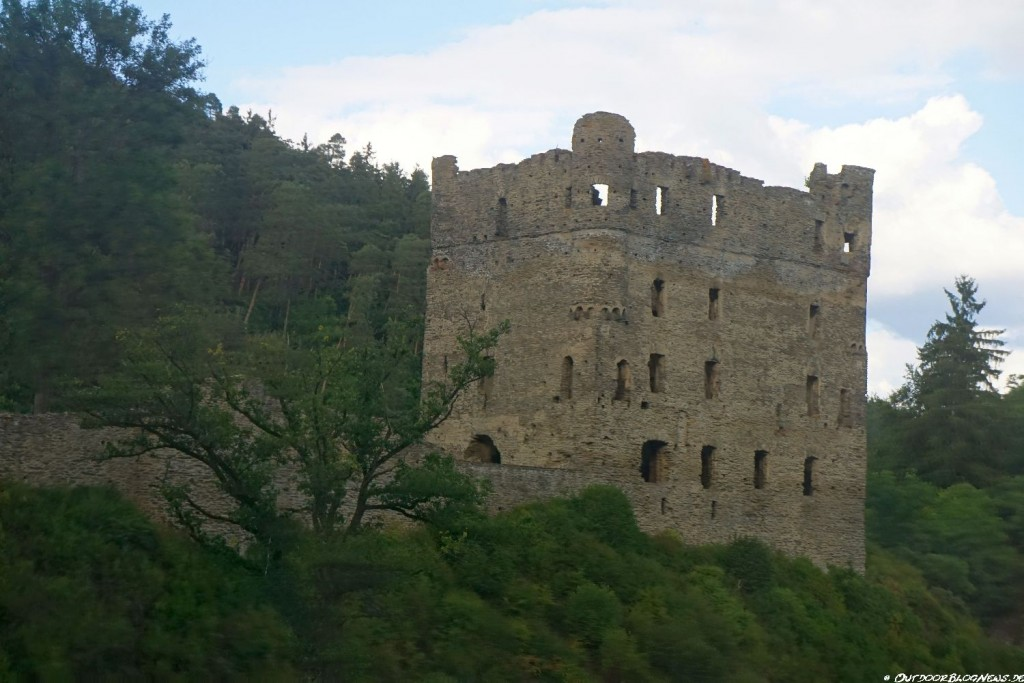 Die restaurierte Ruine Balduinseck auf der Saar-Hunsrück-Steig - 20. Etappe: Mörsdorf - Bell - Kastellaun